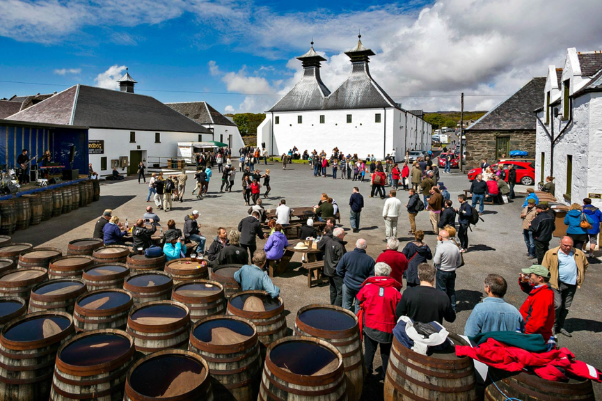 Barrels and People at Feis Ile